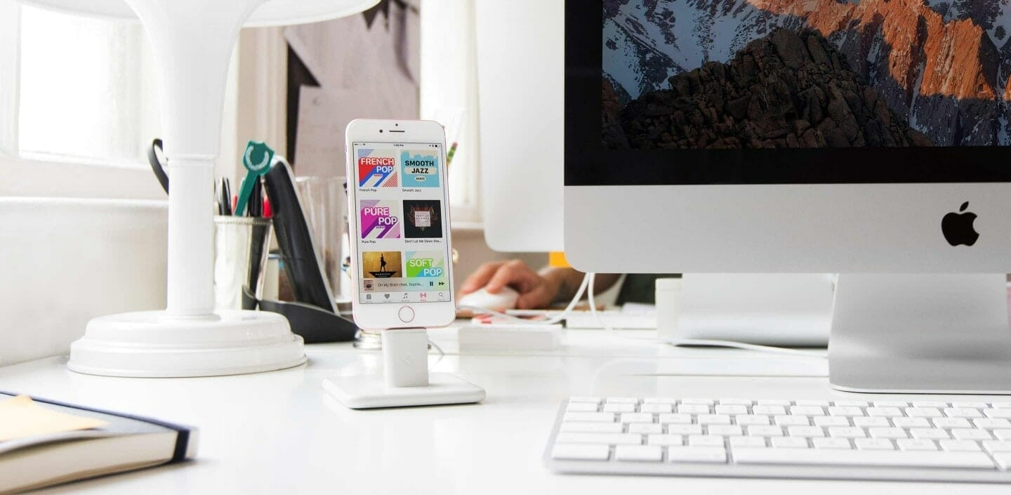 Tidy up your desk with HiRise 2 and BackPack by Twelve South