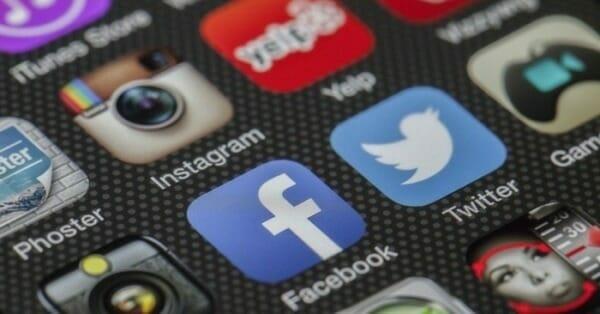 ios home screen social media