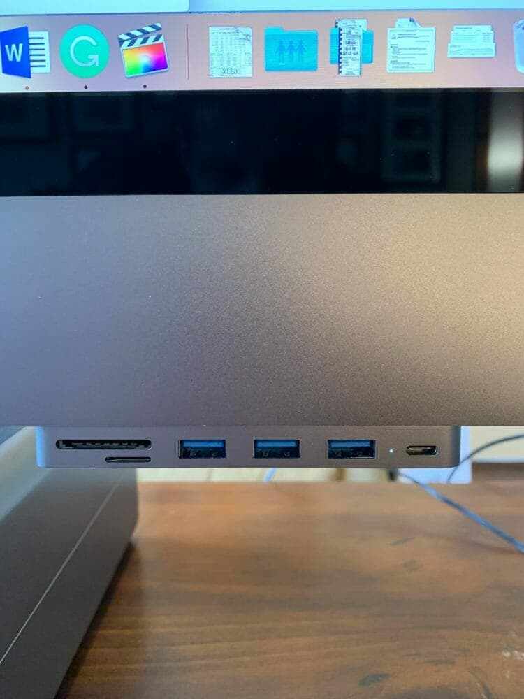 Satechi Hub on my iMac Pro