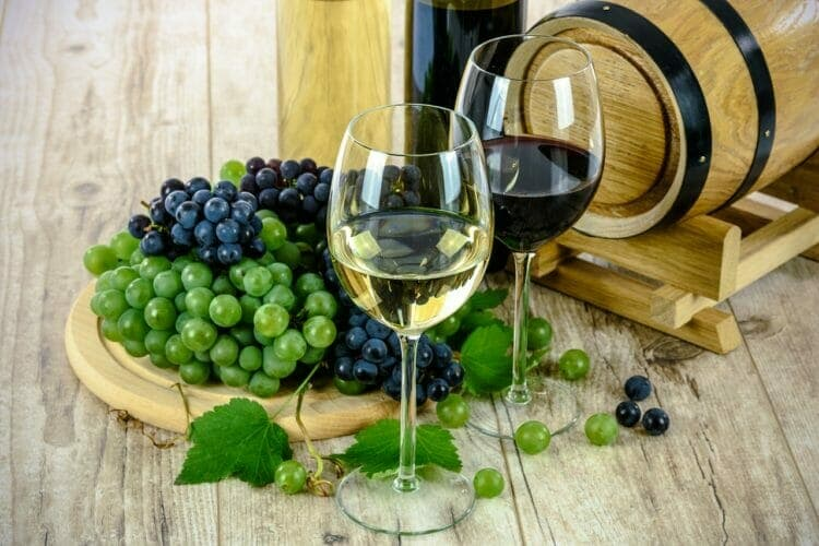 The benefits of wine don't outweigh the cons