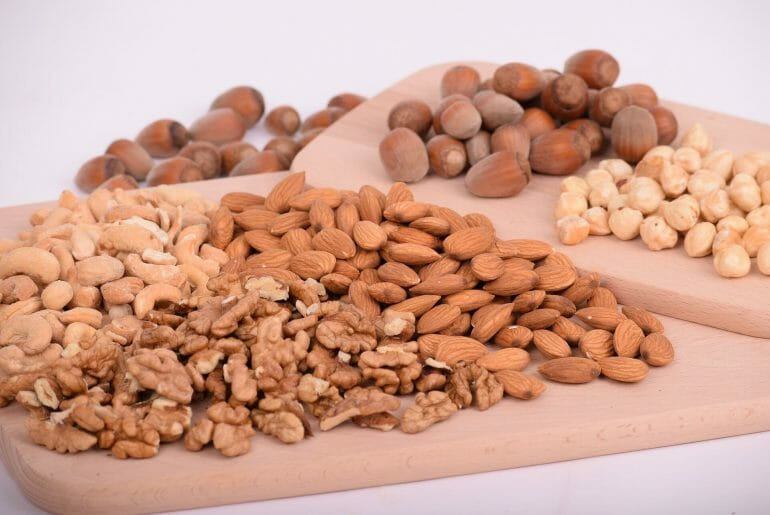 Nuts and seeds have antinutrients