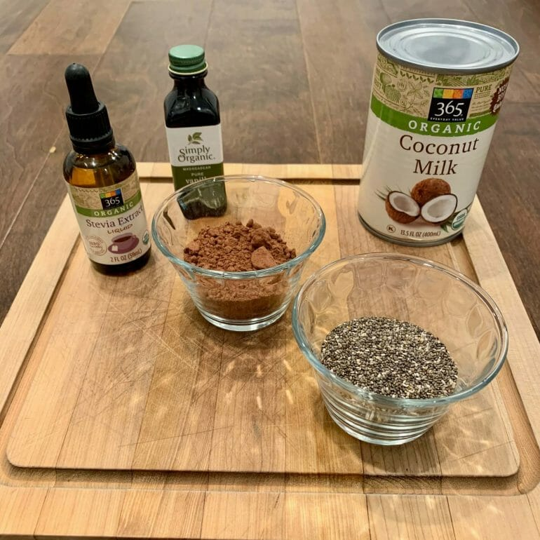 Ingredients of Keto Chocolate Smoothie