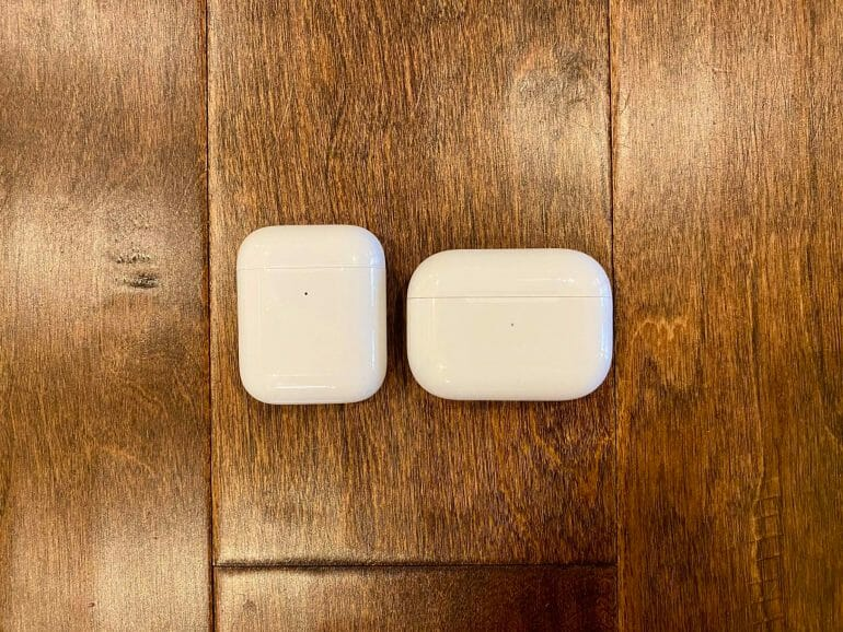 AirPods Pro vs. Apple AirPods charging case