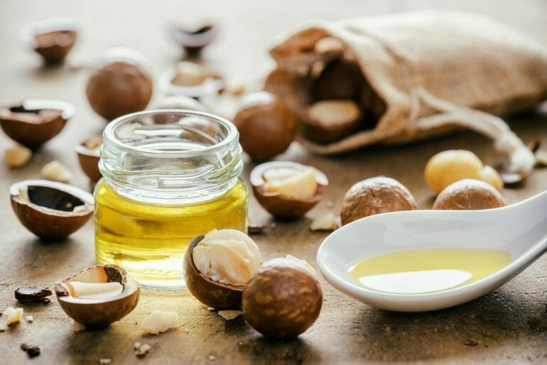 What makes nuts keto friendly
