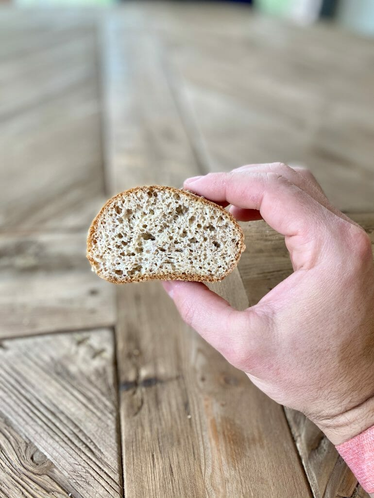 Keto bread rolls - cut