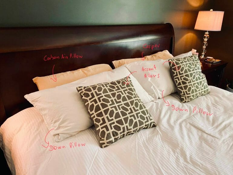 Carbon Air Pillow - All the pillows in our bed